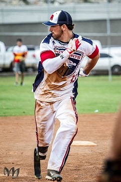 vetsports baseball player running home