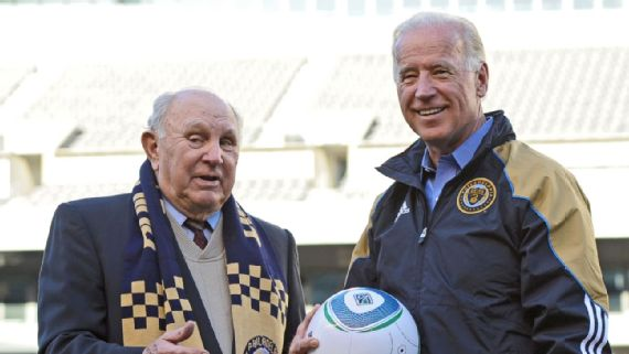 2010 - Walt Bahr with VP Joe Biden